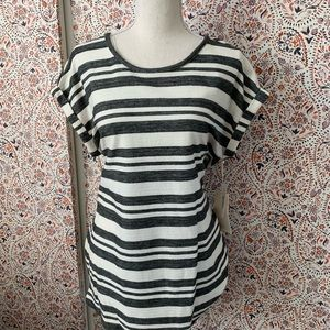 Vince Camuto antique white striped T-shirt